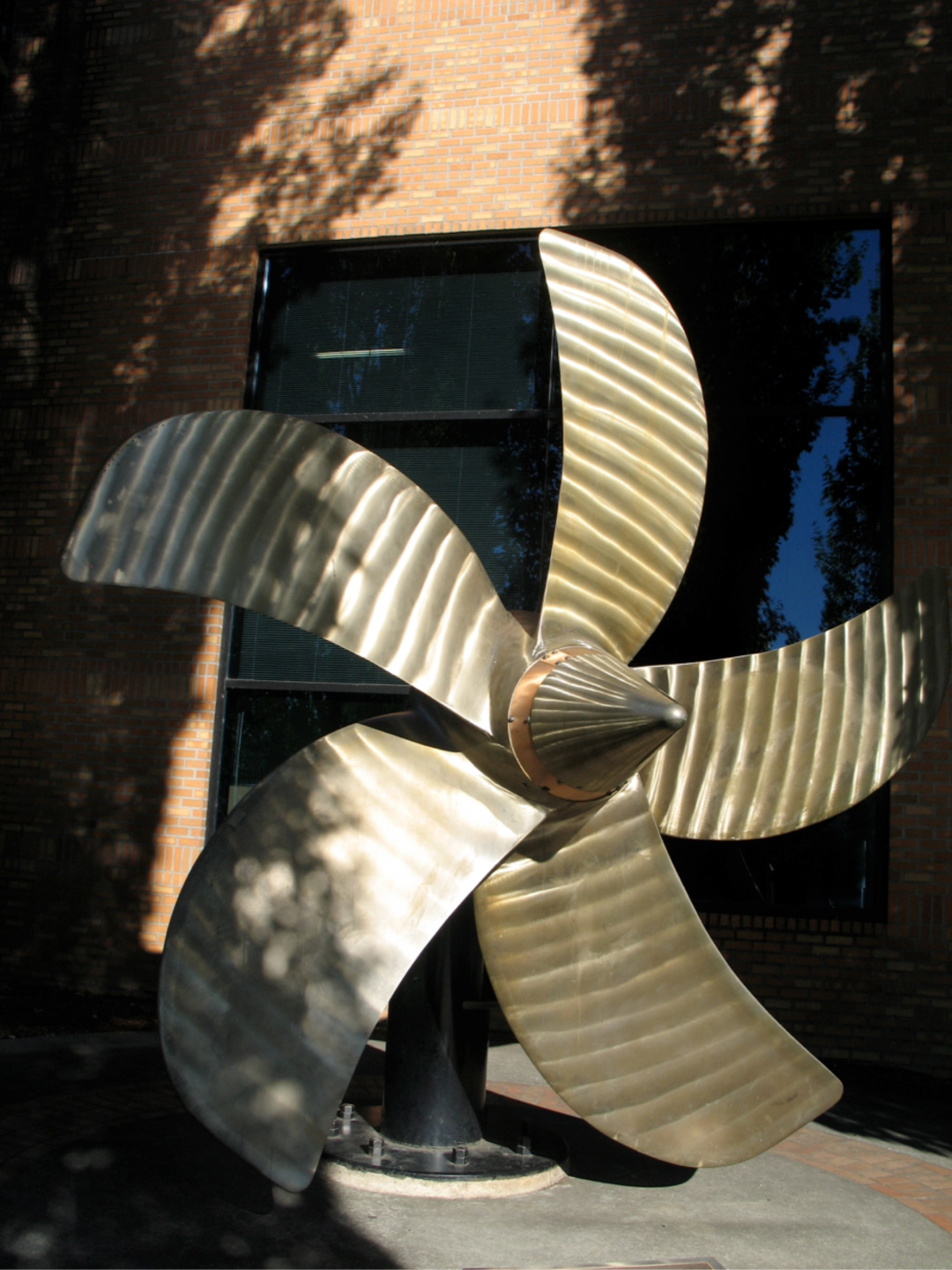 Propeller sculpture