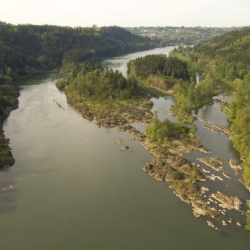 The Willamette Narrows seen from above.